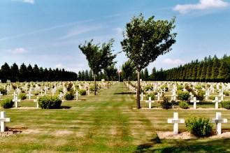 Lihons : 4 912 Français, 6 Britanniques, 2 Arméniens… et un ossuaire de, probablement, 1 600 hommes…