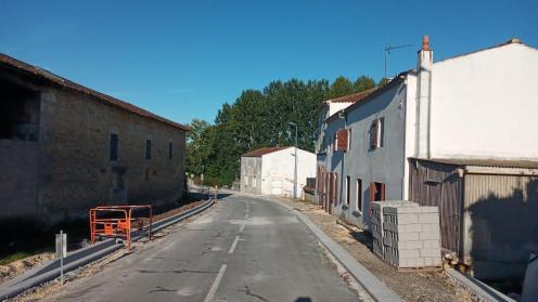 L'entrée du bourg côté Pont l'Abbé