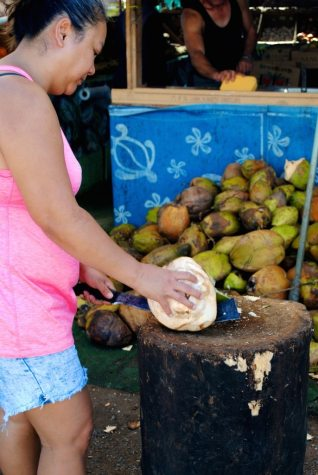 Maui's Road Side Fruit Stand