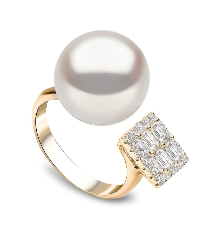"YOKO LONDON - ""STARLIGHT"" SOUTH SEA PEARL & DIAMOND RING"