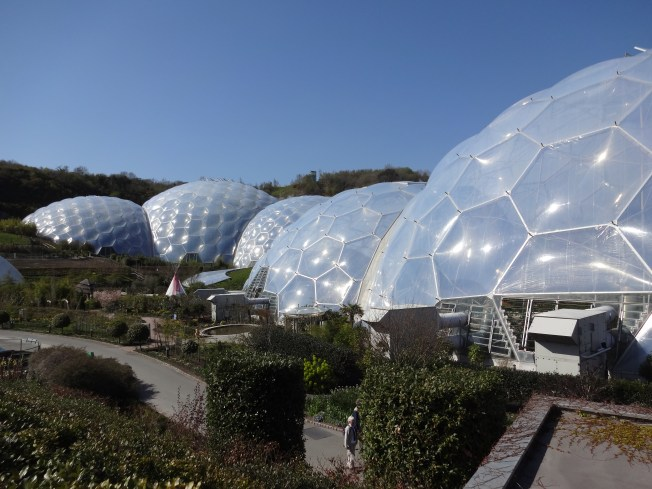 Eden Project biomes, Cornwall, UK Photo: PK Read