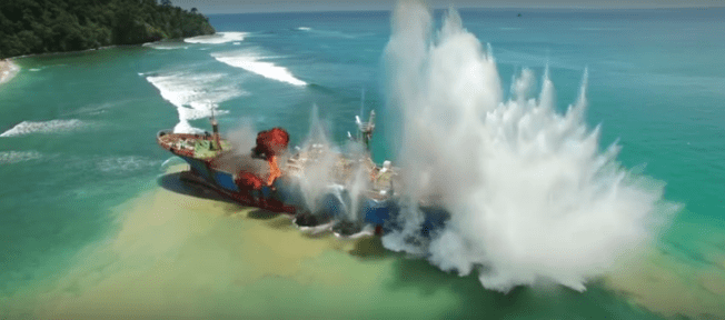 Destruction of the Viking. Screenshot/Image: Sea Shepherd