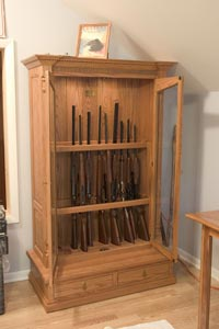 free diy wooden vertical gun rack Plans DIY How to Make