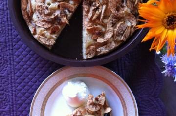 Maple Apple Cinnamon Cake