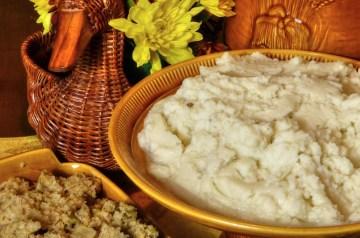 Garlic Mashed Potatoes With Mushrooms and Arugula (Rocket)