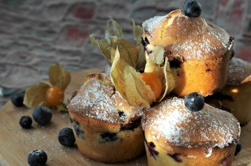 Blueberry Oatmeal Muffins (Low Sugar)
