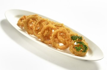 Sweet and Hot Fried Onion Rings
