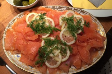 Baked Lemon Salmon With Lemon-Dill Sauce