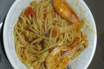 Spaghetti With Brooklyn Red Clam Sauce