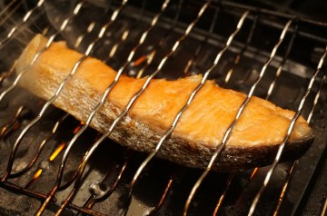 Grilled Salmon Candy