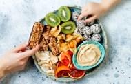 Ăn vặt thế nào để vừa không tăng cân, vừa có lợi cho sức khỏe?