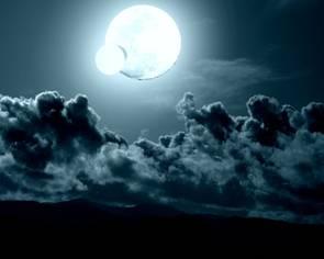 Nius et Sila, les lunes de Chamsya