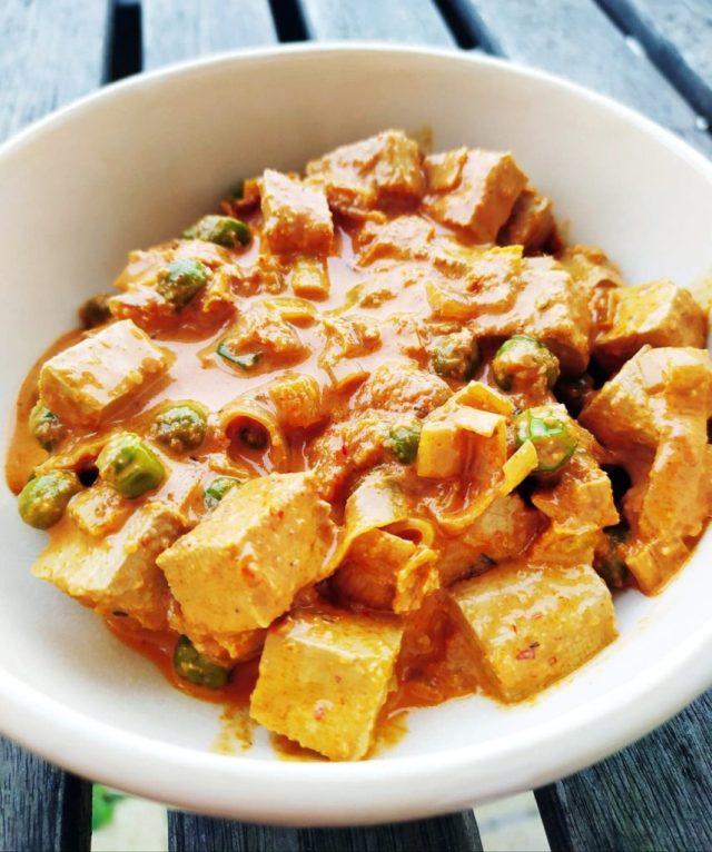 tofu poireau et petits pois curry panang