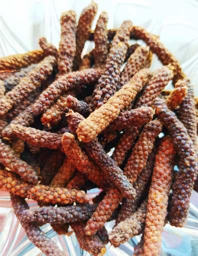 poivres asiatiques: poivre long de java