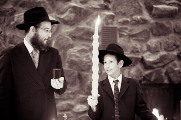 I wanted to start this page with this picture not only to say that it's beautiful to have a large havdallah candle for a Motzei Shabbos Melave Malka but because if you look at my husband and son's face you can see that it's the journey that shines. As Shluchos who run our many worlds, planning for a simcha can be so overwhelming! This one was our first and I honestly had to work on myself every day to 'let go'. Not everything was as detailed as I'd like but I wanted more than any decoration, any flower arrangement, any ribbon...the days and weeks preceding to be a good memory for the whole family!Not easy... but well worth letting go!