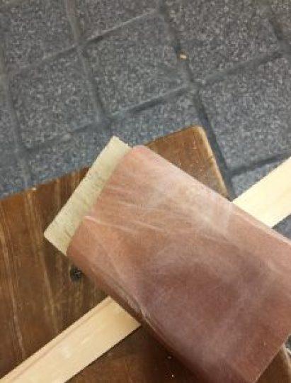 DIY,紙やすりかけ