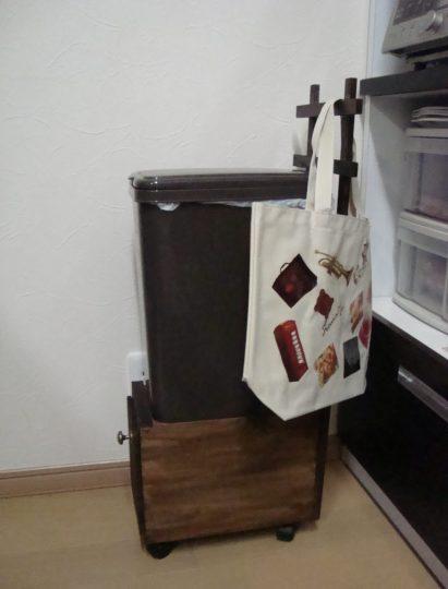 ゴミ箱台使用例