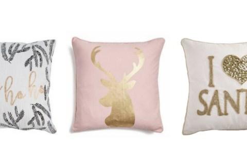 25 Glamorous Christmas Pillows