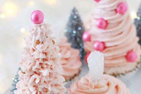 Pink Christmas tree cupcakes - easy, fun, glam Christmas baking - cupcakes that look like snowy Christmas trees!