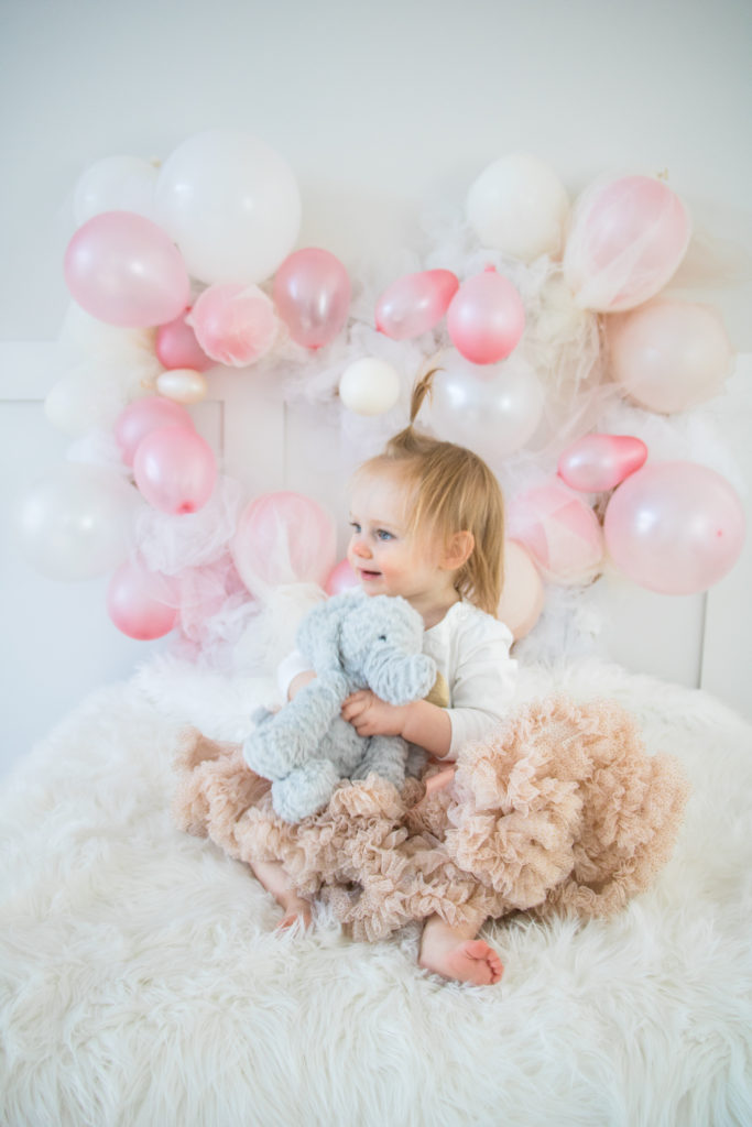 Tulle balloon heart wreath - easy DIY - Perfect for baby photo shoots, Valentine's Day, bridal showers and more!