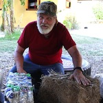 Harvey Lacey, inventor of Ubuntu-Blox, explains how to use vetiver to build structures in rural areas.
