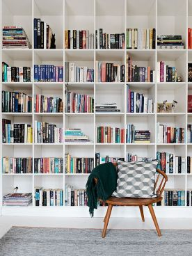 Square blocks of shelves