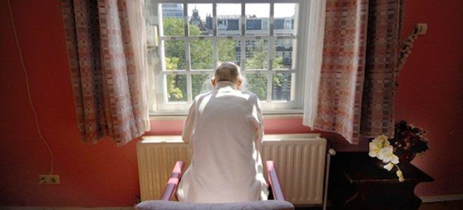 old_man_nursing_home