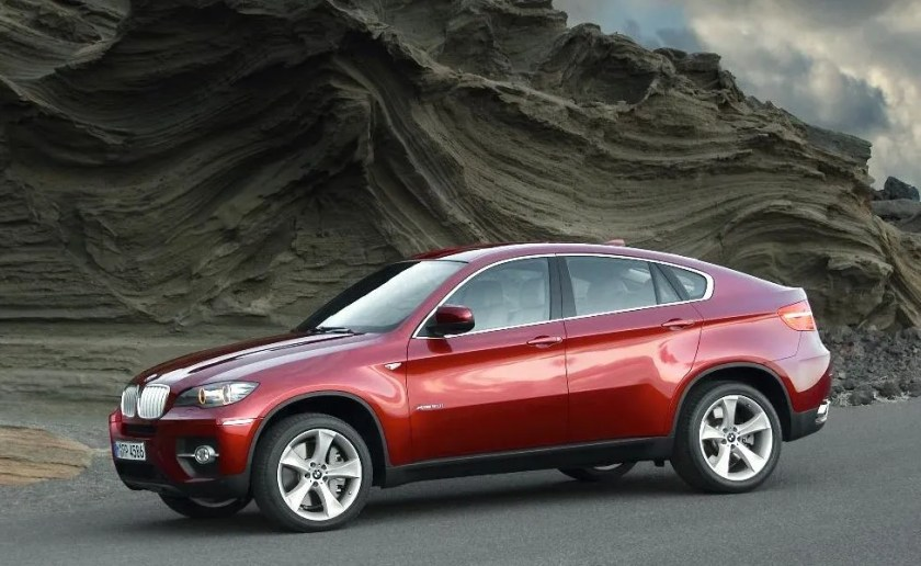 The BMW X6 is not very pretty, is it?