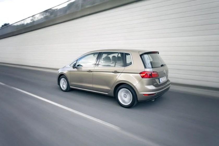Volkswagen Golf SV review ireland