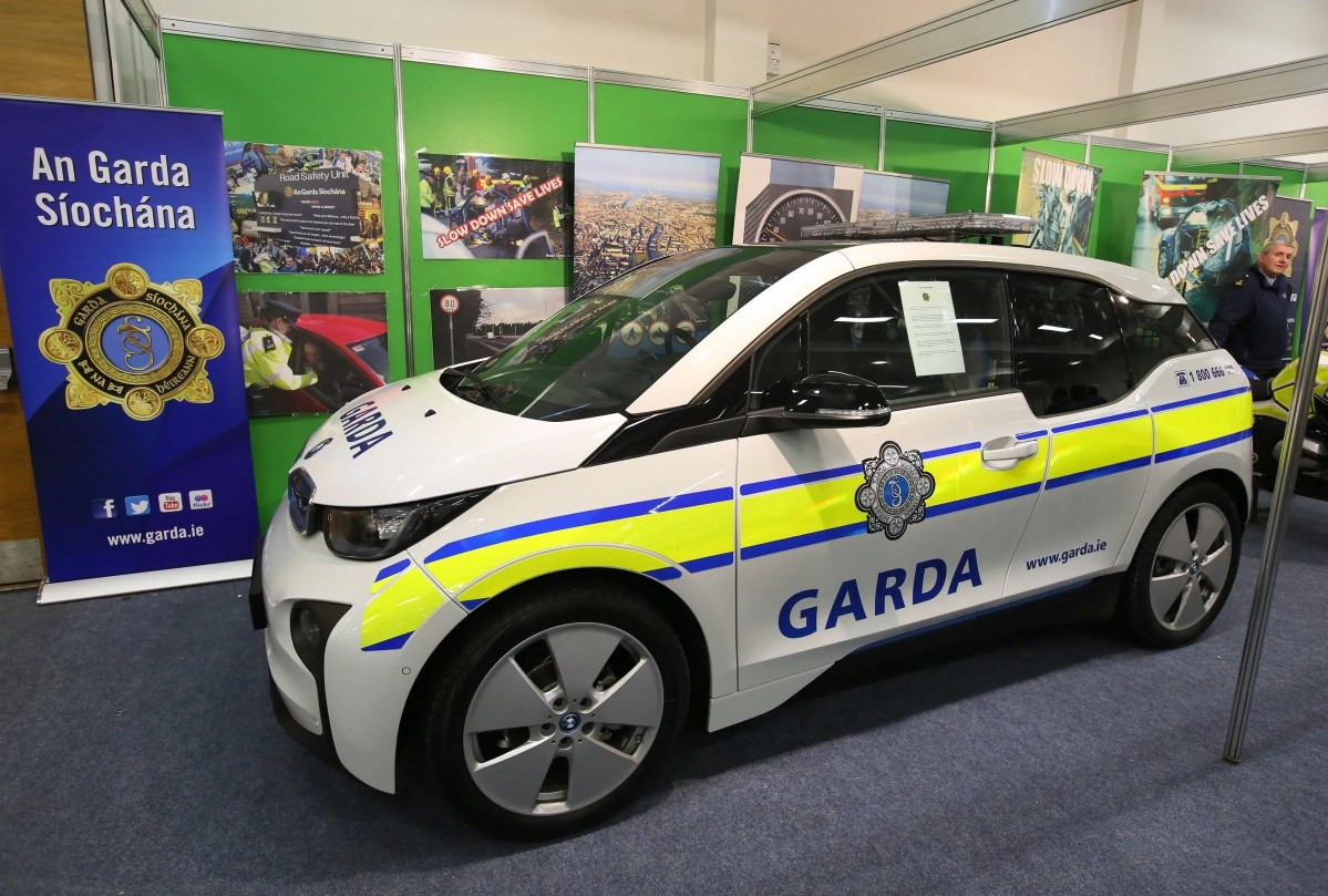 An Garda Síochána Receive BMW i3 For Electric Vehicle Pilot