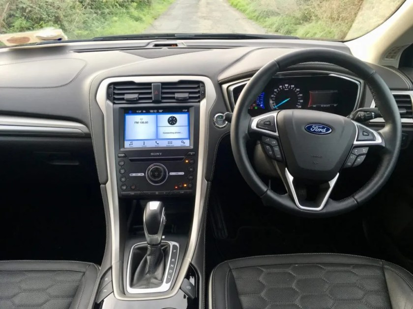 The interior of the Ford Mondeo Hybrid (HEV)