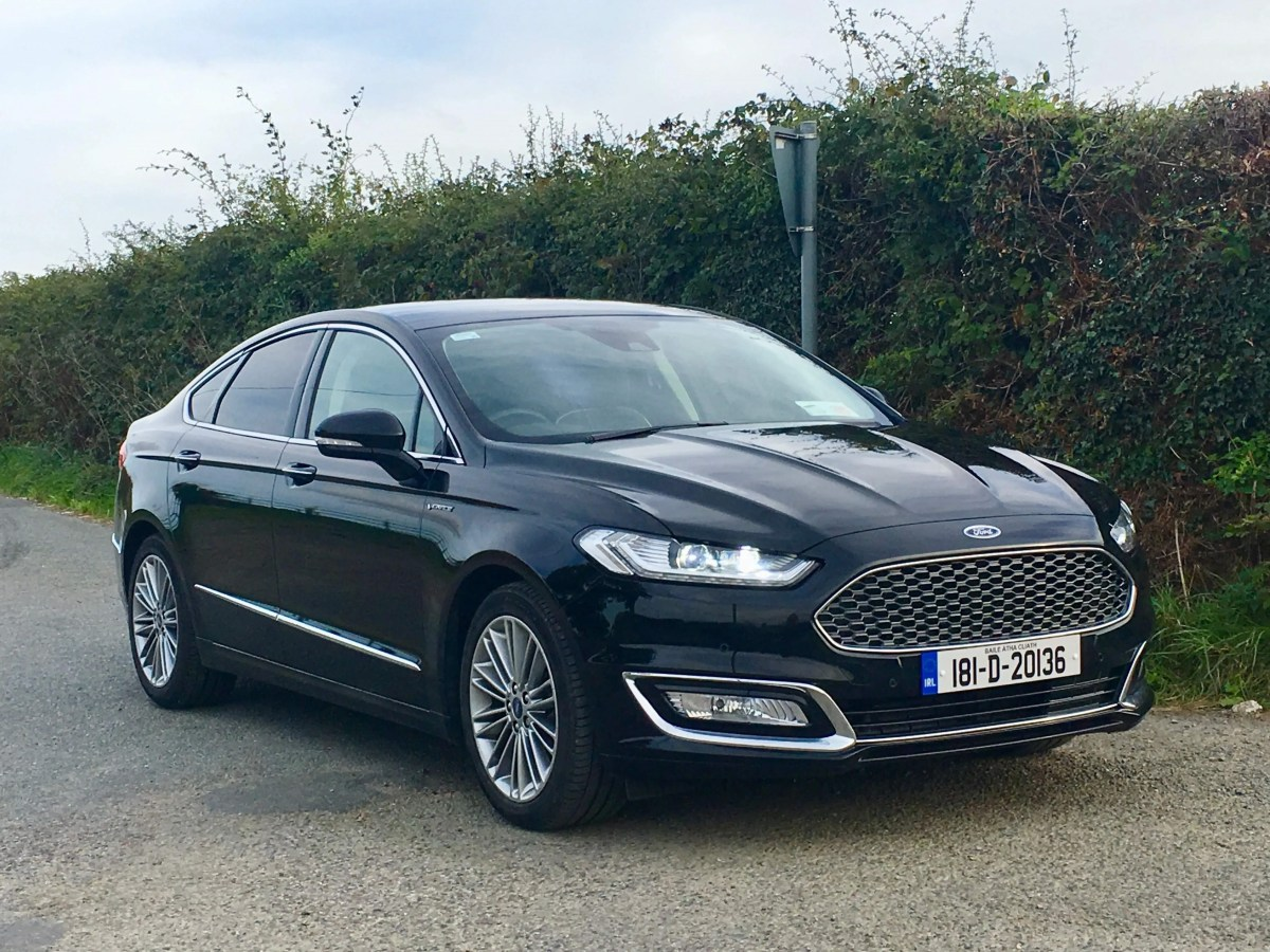 Ford Mondeo Hybrid (HEV) Vignale Review