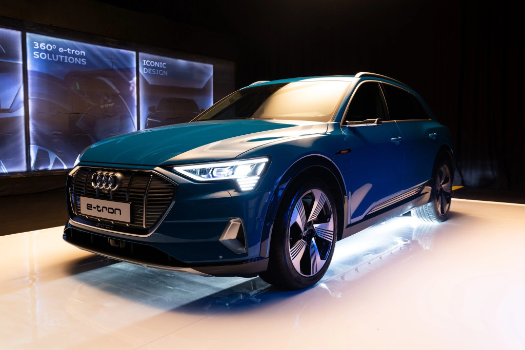 Audi E Tron Available To Order From January Changing Lanes