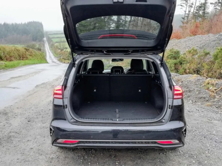 The Kia Ceed SW has a very practical boot of 600 litres
