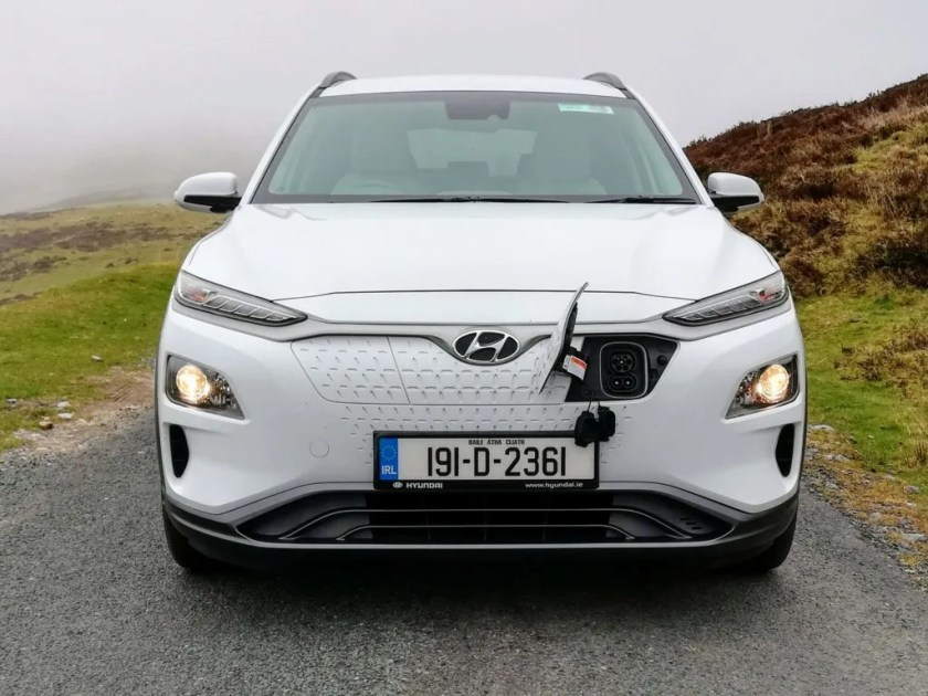 The Hyundai Kona Electric has a powerful 64 kWh battery giving a real world range in excess of 400km!