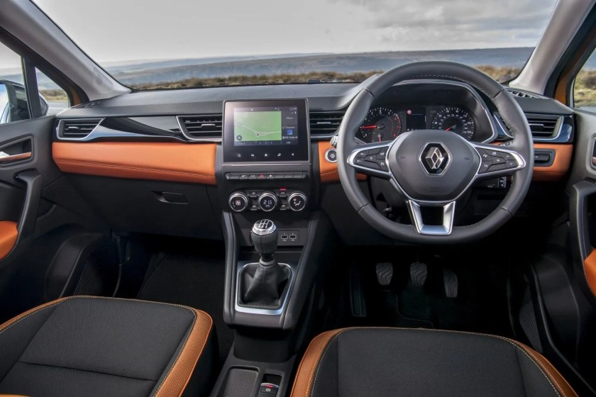 The interior of the 2020 Renault Captur