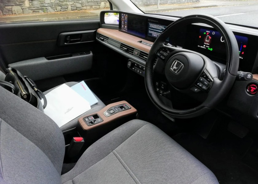 Inside the new Honda e