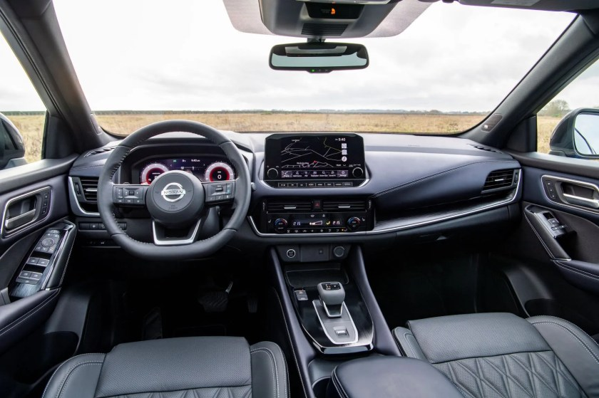 Inside the 2021 Nissan Qashqai