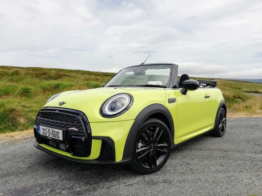 The MINI Convertible on test for Changing Lanes!