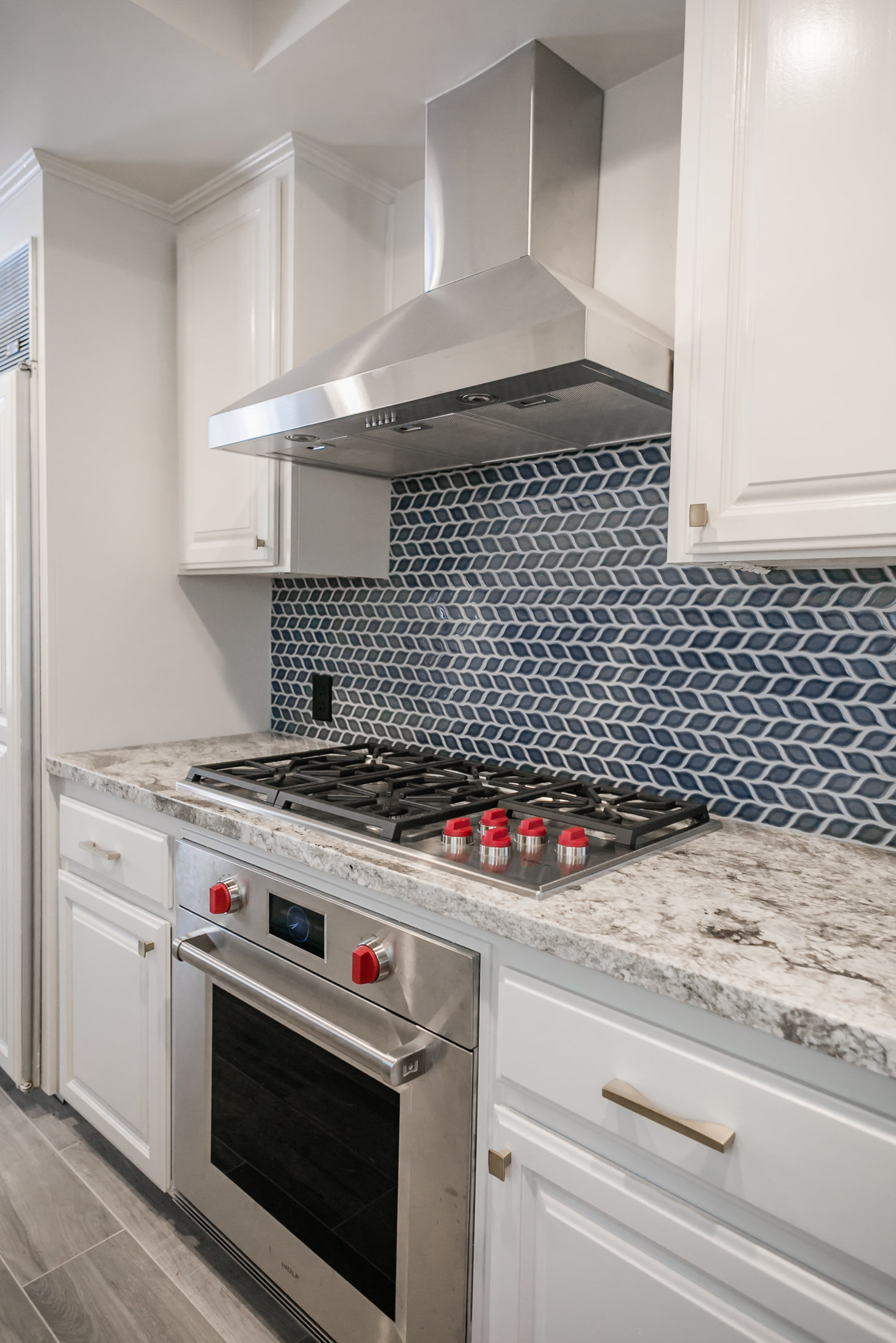 very blue kitchen, Kitchen, Dining Room, remodel, painted ceiling, dmv interior designer, bowie maryland, washington dc, pulls, wolf, subzero