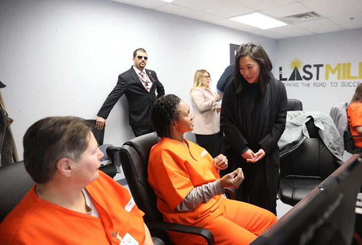 Innovative Coding Program Expands Opportunities for Women Incarcerated in Oklahoma - Chan Zuckerberg Initiative