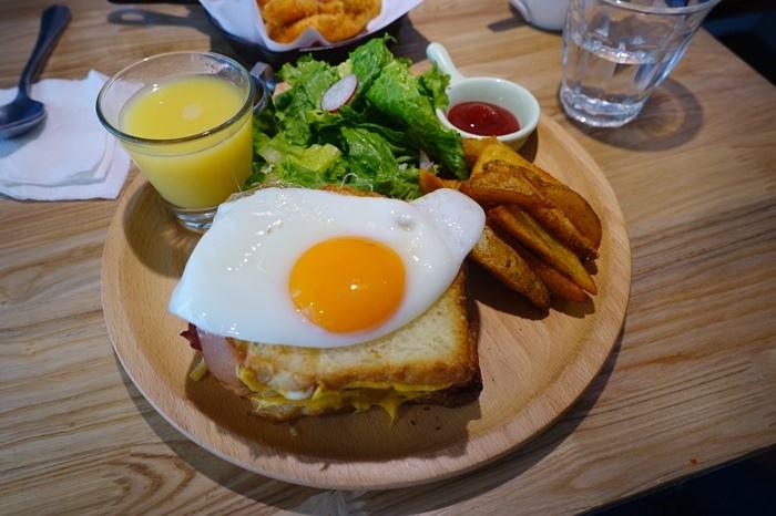 【食記】青沐初食.綠意盎然的小文青早午餐 @捷運六張犁站