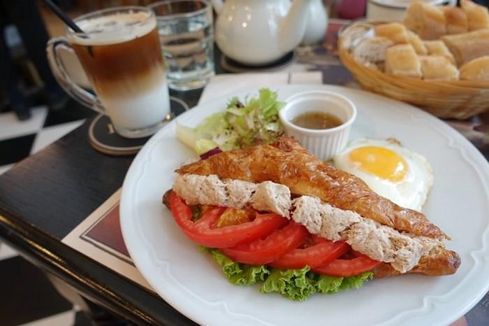【食記】PAUL 巴黎人豪華早午餐.法式沙龍麵包餐廳 @西湖站(內科)