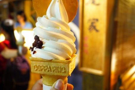 【台南.輕旅行】- 日式霜淇淋 散步甜食 .蜷尾家甘味处