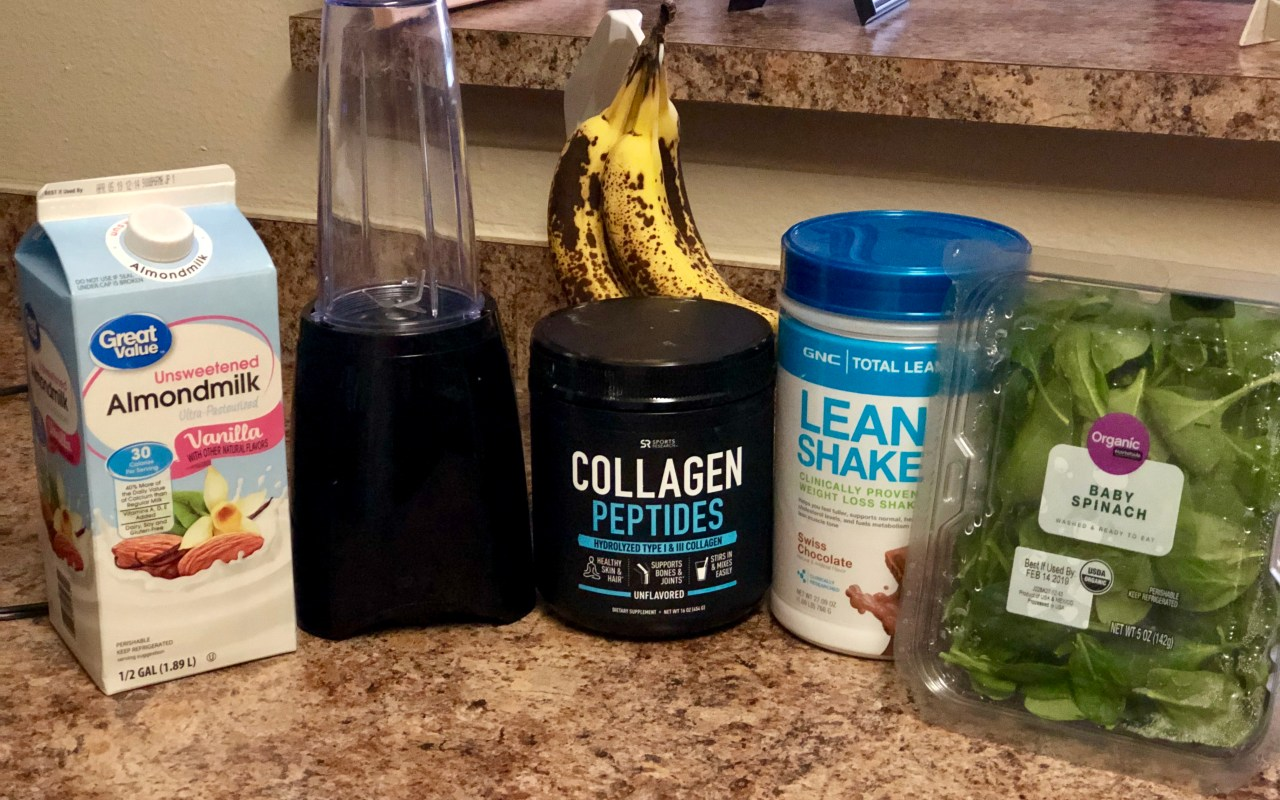 My Go-To Workout Recovery Smoothie | Chaos and Coffee