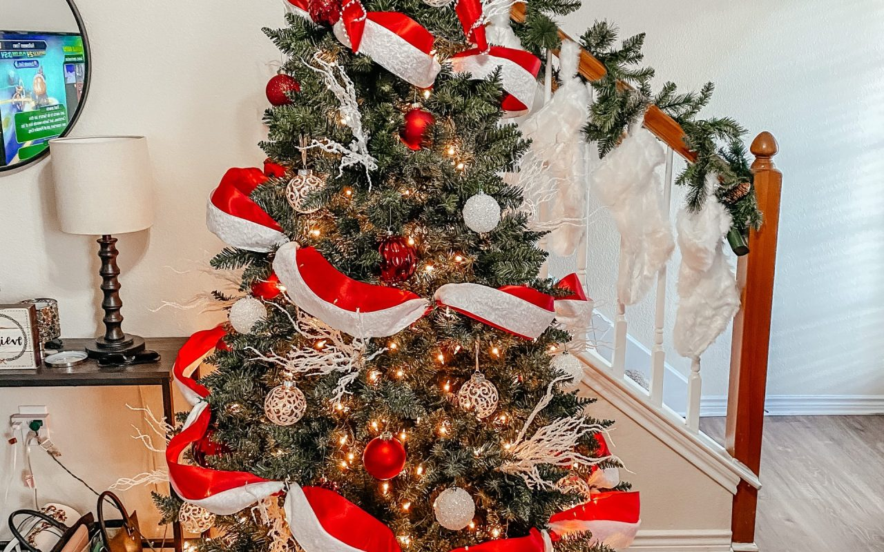 Where to Find the Best Artificial Christmas Tree | Chaos and Co