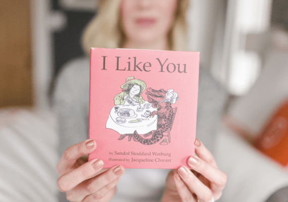 anne english holding i like you book