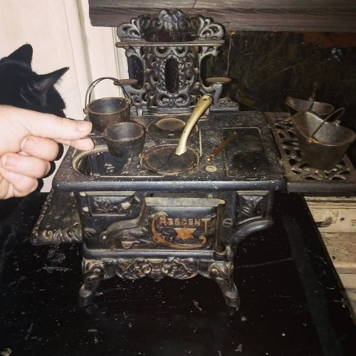 tiny-stove