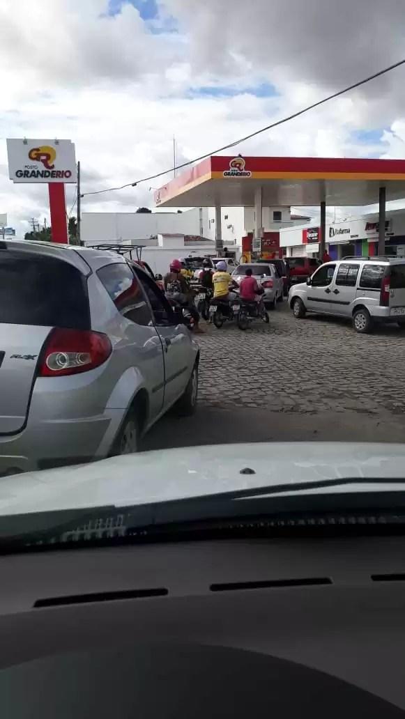 Falta de combustível provoca corrida aos postos em Itaberaba