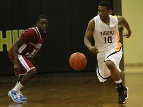 Chapel Hill @ Northwood:  HS Hoops Game of the Week
